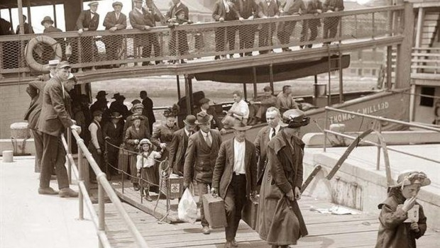 μετανάστες Ελληνες