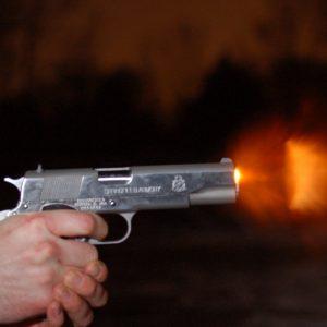 πιστολι πυροβολισμος
