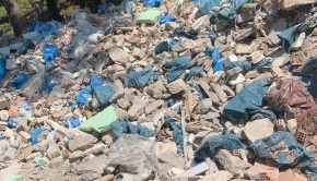 2021.09.01 Σκουπιδότοπος σε Περιγιάλι (5)
